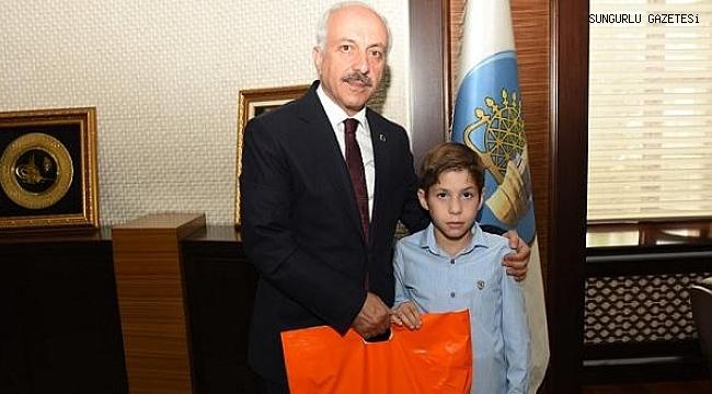Başkan Gül'den Sungurlulu güreşçiye destek