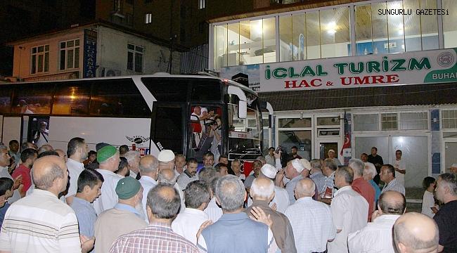 İclal Turizm Hac kafilesi dualarla yola çıktı