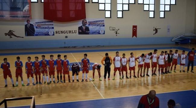 Cumhuriyet Kupası Futsal Turnuvası başladı