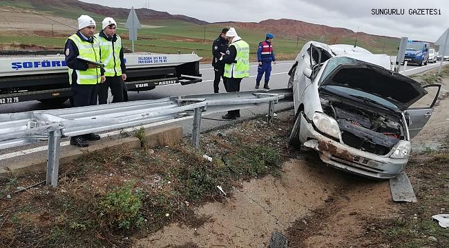 Bahşılı köyü kavşağında otomobil takla attı: 4 yaralı