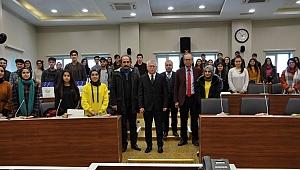Öğrenciler İzzet Baysal Üniversitesini ziyaret etti