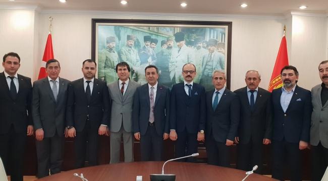 TSO heyeti Bakan Yardımcısı Muhsin Dere'yi ziyaret etti