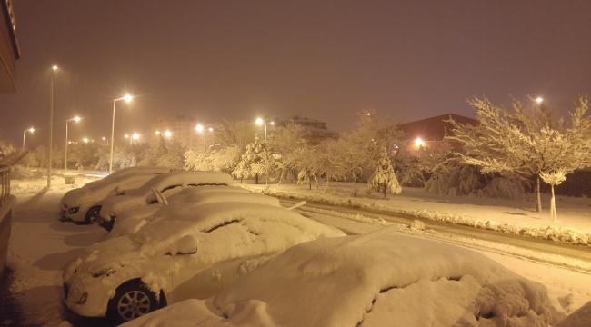 Son yılların en yoğun kar yağışı etkili oluyor
