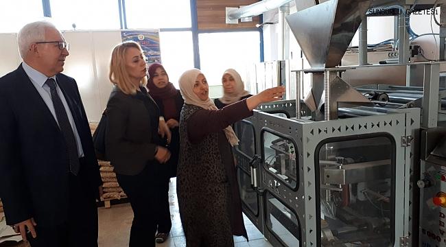 Kadınlar Günü'nde kadın girişimcilere ziyaret