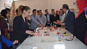 Öğrenciler ahşap oyuncak üretimine başlıyor