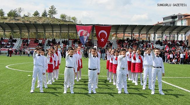 23 Nisan kutlamaları yeni stadyumda yapıldı