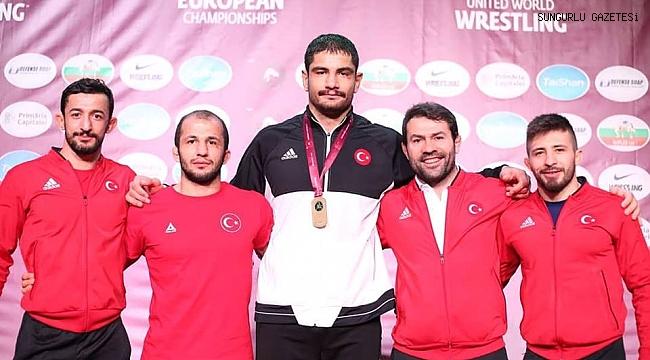 Çakmar'ın sporcuları şampiyonaya damga vurdu