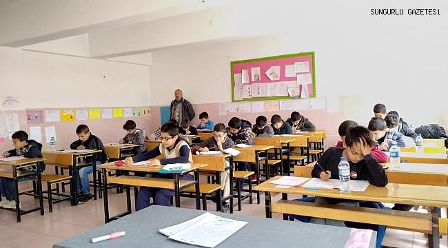 Ortaokullar arası Siyer-i Nebi yarışması yapıldı