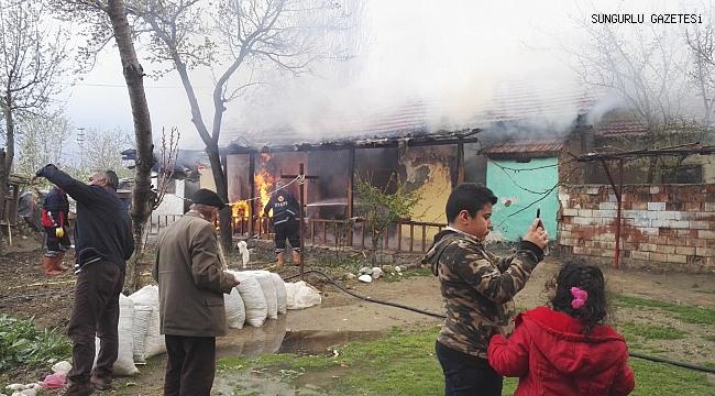 Yangında 6 kişi dumandan etkilendi
