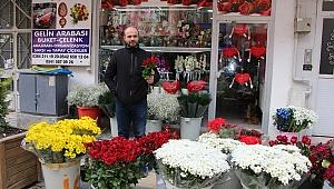"""""""RMZ Çiçekçilik olarak anneler gününe hazırız"""""""