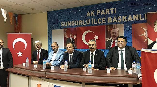 AK Parti milletvekilleri Sungurluların bayramını kutladı