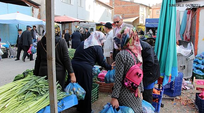 SANAYİCİ İŞ ADAMINDAN HER HAFTA 50 AİLEYE YARDIM