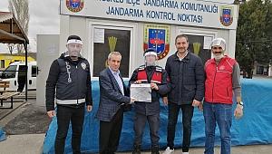"""GENÇLİK MERKEZİ'NDE """"KORUMALI MASKE"""" ÜRETİLDİ"""